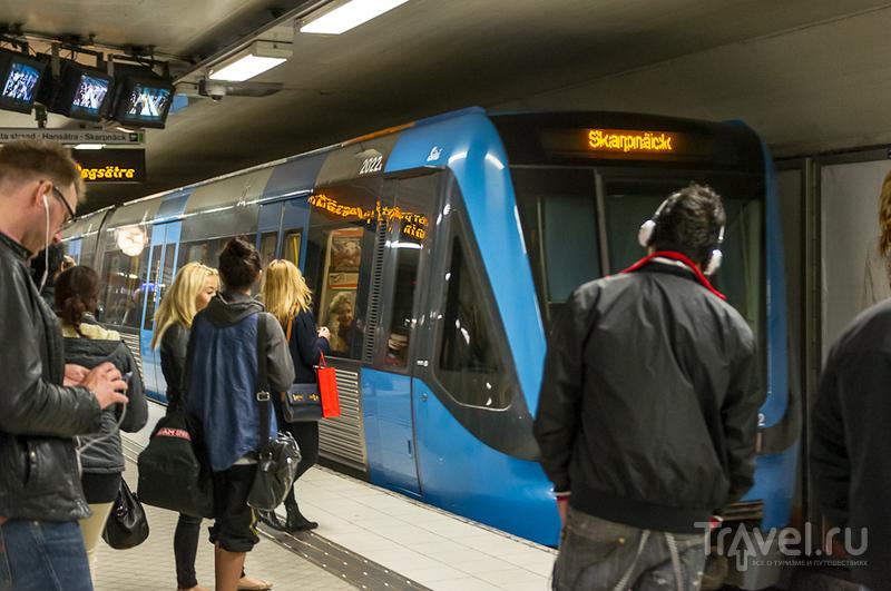 Поезд метро / Швеция