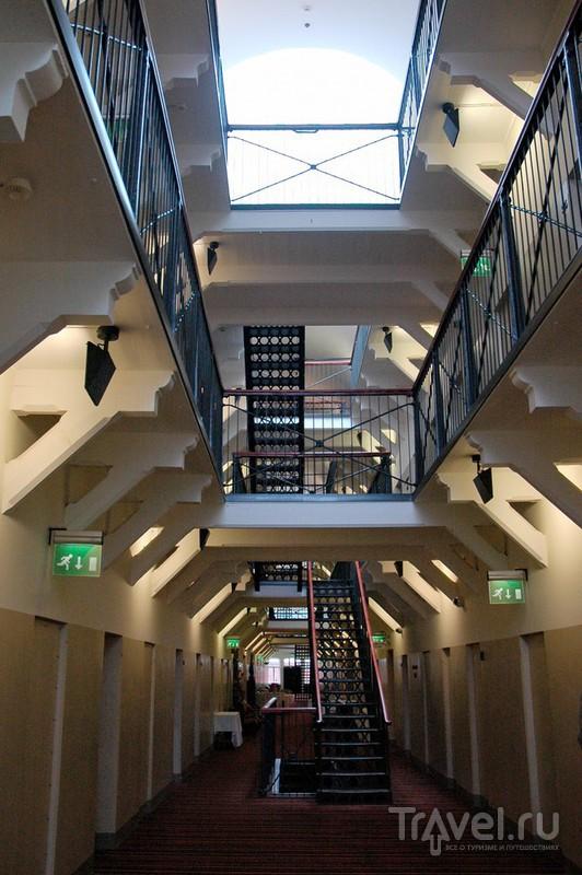 Лестницы между этажами / Финляндия