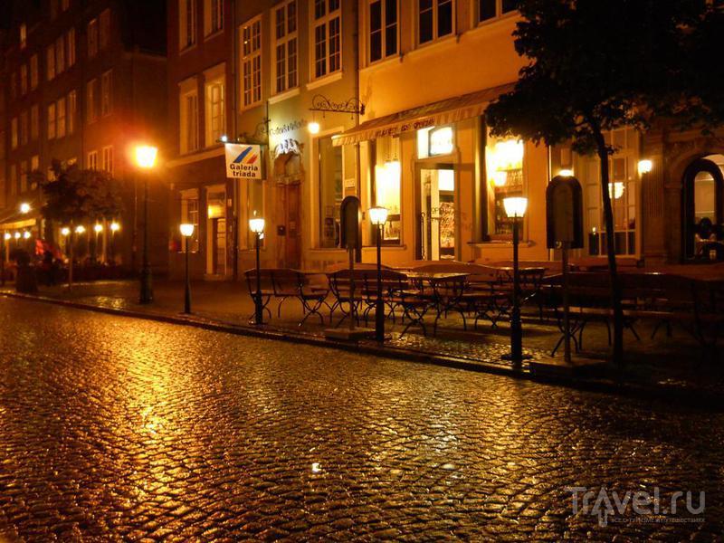Пустая улица под дождем / Польша