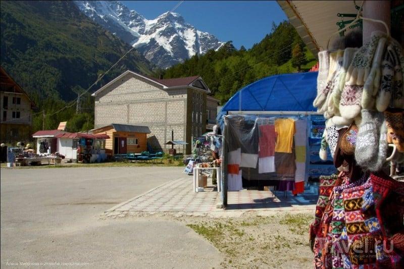 На пути к Эльбрусу: как правильно есть хычин и где лежит кривая балка / Россия