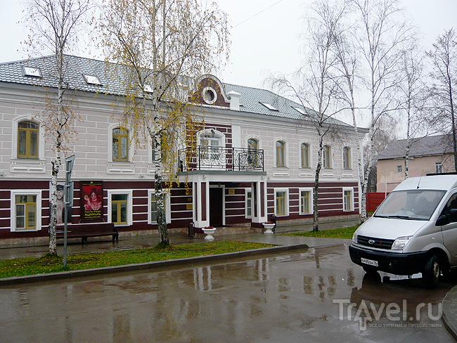 Пыль дорог. Село Вятское / Россия