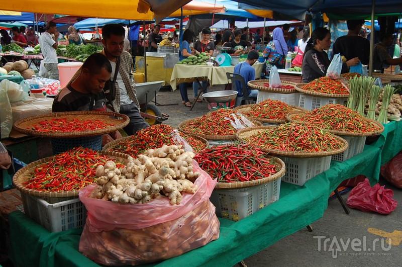 Кота-Кинабалу. Рынок / Малайзия