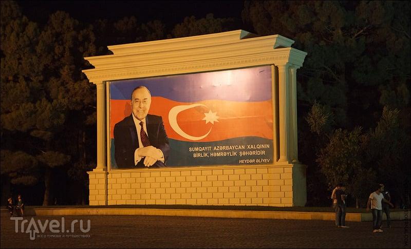 Азербайджан 2012: соляное озеро Масазыр, Каспий, ночной Сумгаит / Азербайджан