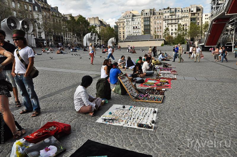 Книжный, авангардный и фривольный Маре / Франция