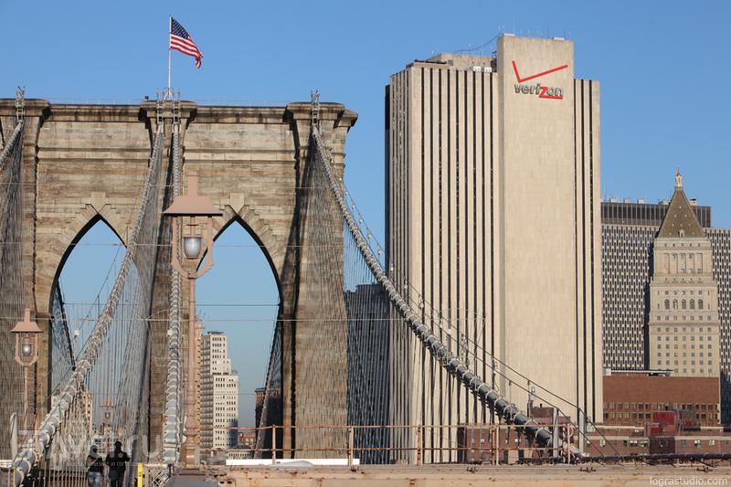 Нью-Йорк: Прогулка по Бруклинскому мосту / США