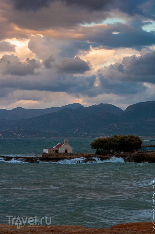 Живописный берег Херсониссос / Греция