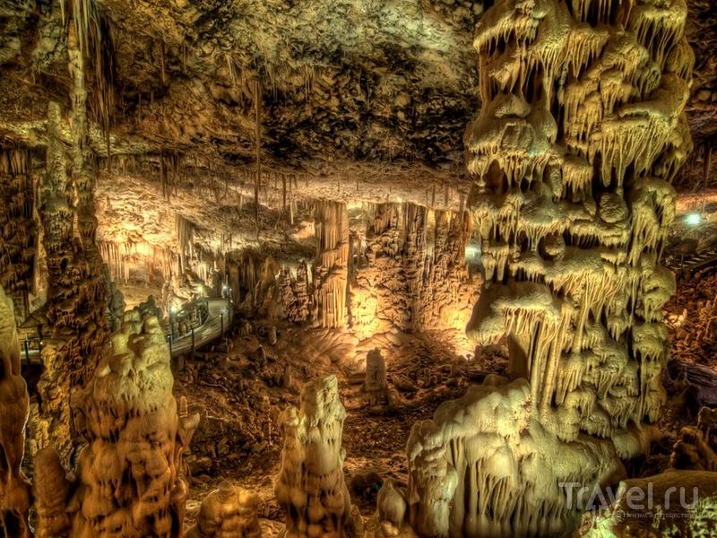 Карстовая пещера Авшалом в Израиле / Израиль