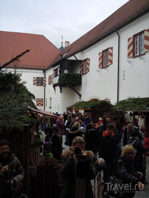 Рождественская ярмарка в замке Кронбург (Бавария) / Германия