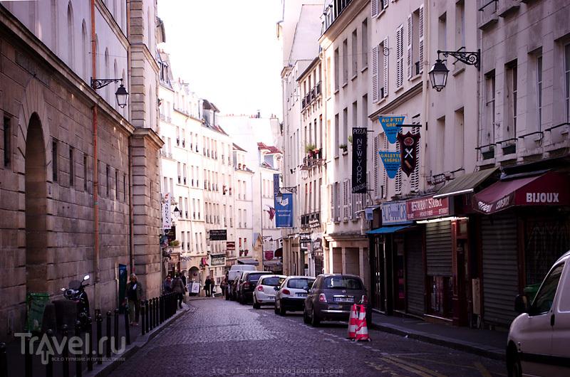 Прогулка по рынку rue Mouffetard / Фото из Франции
