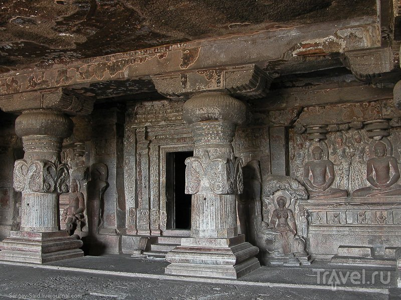 Пещерные города Эллоры / Индия