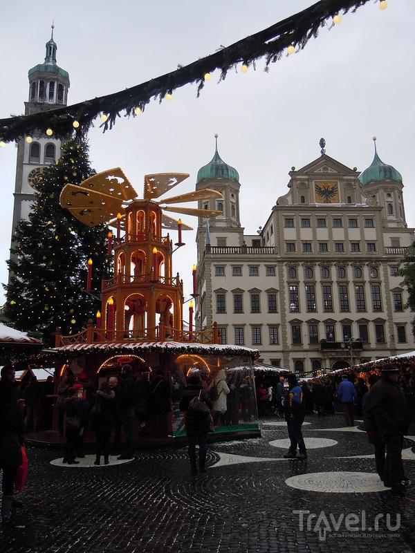 Рождественская ярмарка в Аугсбурге (Augsburger Christkindlesmarkt) / Фото из Германии