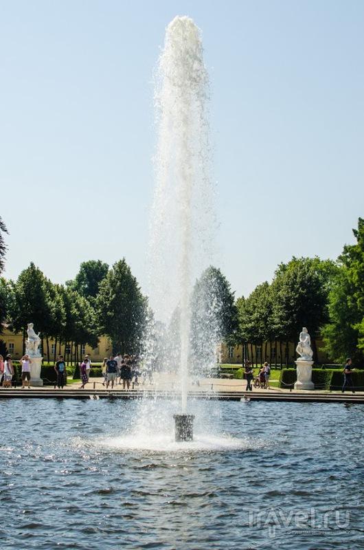 Фонтан в парке Sanssouci в Потсдаме / Фото из Германии