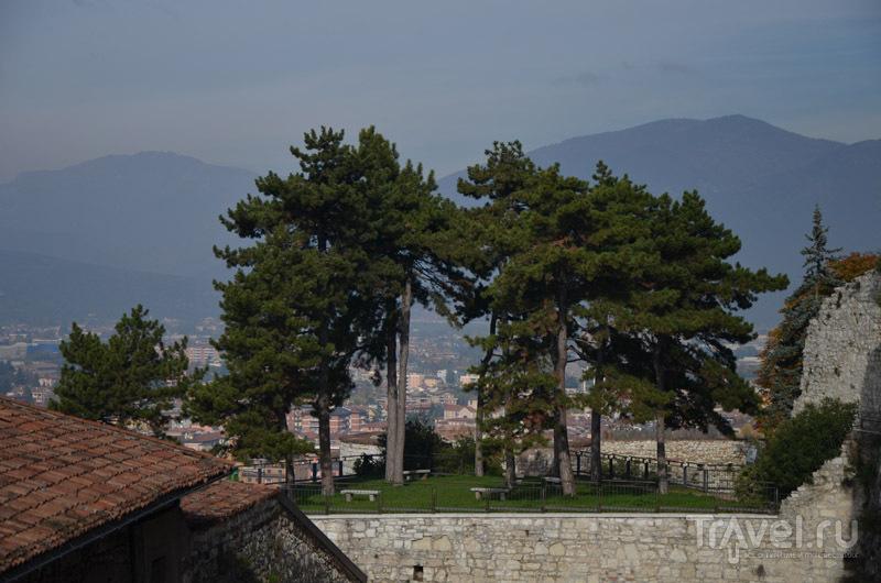 Парк в замке Брешии / Фото из Италии