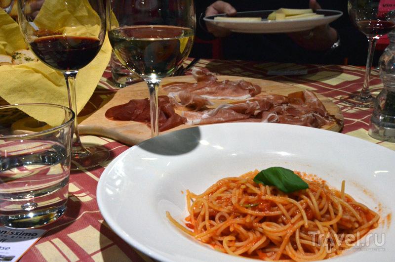 Простая и вкусная еда в Buonissimo  / Фото из Италии