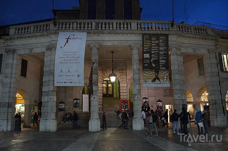 Гранд-театр / Фото из Италии