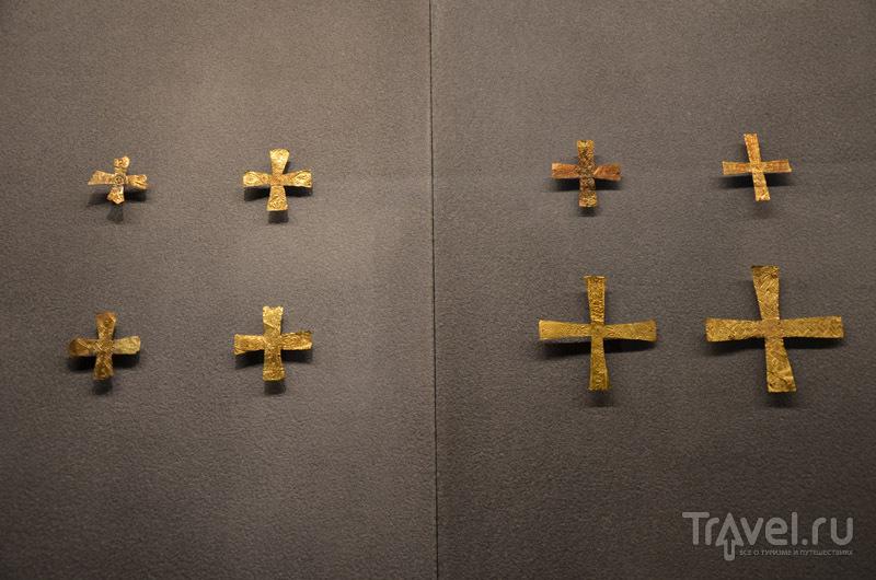 Золотые кресты / Фото из Италии