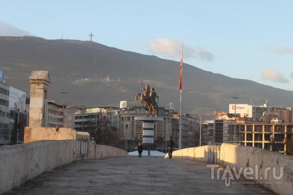 Скопье. Город мостов, памятников, кошек и солнца / Македония