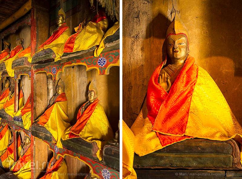 Статуи Лам из монастыря Тикси / Фото из Индии