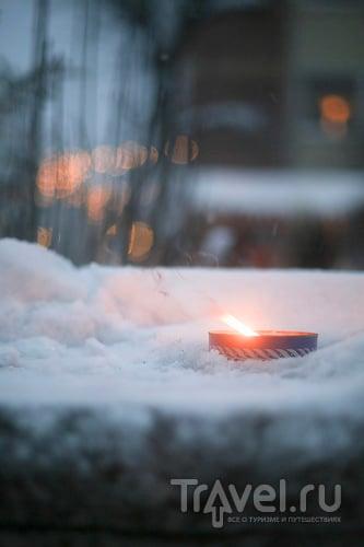 Швеция. Провинция Даларна. Свечи на снегу / Швеция