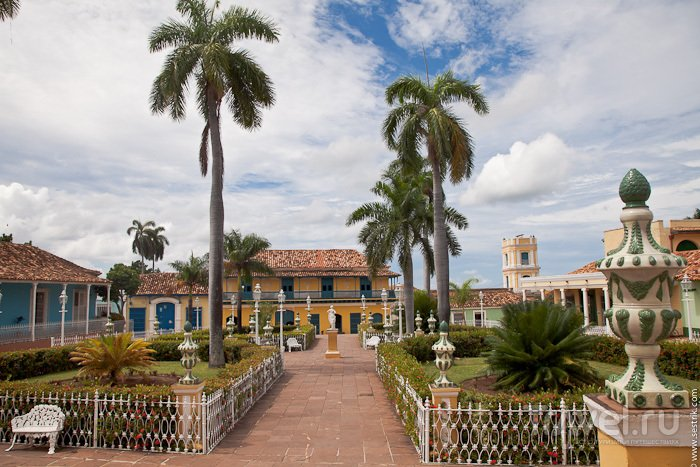 Тринидад - самый яркий город на Кубе / Куба