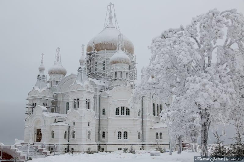 Белогорский Свято-Николаевский мужской монастырь / Россия
