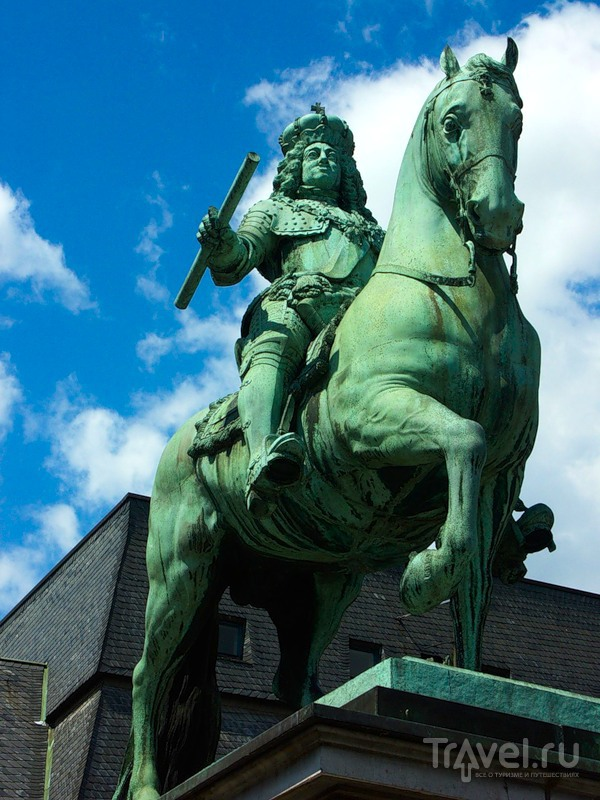 Памятник Иоганну-Вильгельму, Дюссельдорф / Фото из Германии