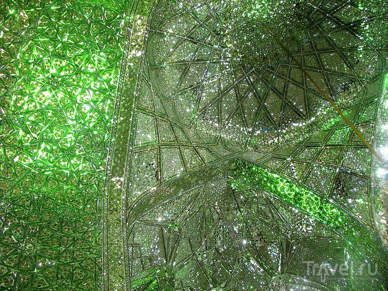 Зеркальная мечеть в иранском городе Шираз / Иран