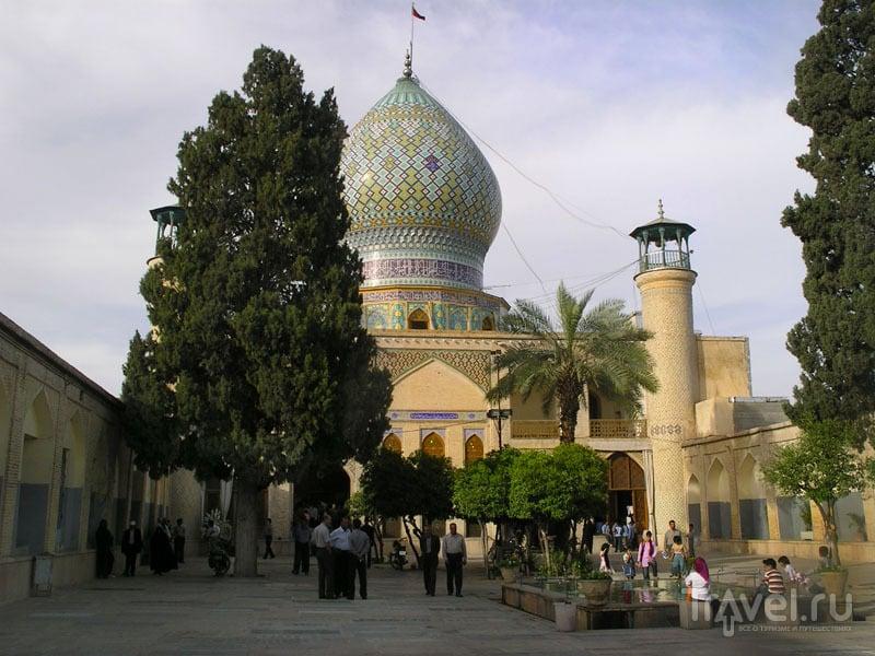 Религиозный комплекс был построен в XIX веке, Иран / Иран