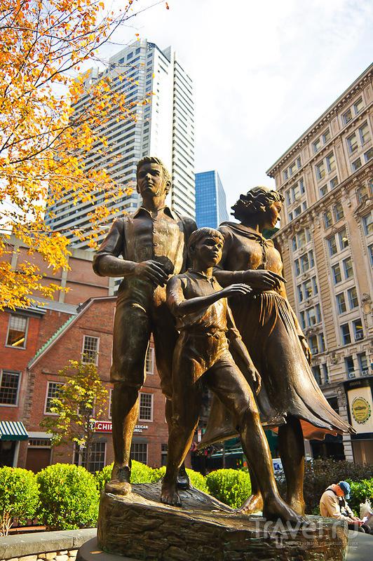 Мемориал переселенцам из Ирландии в Бостоне / Фото из США