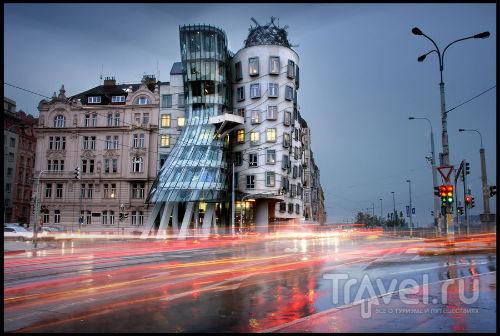Танцующий дом в Праге / Чехия