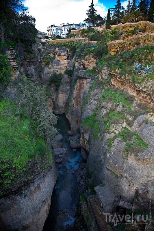Река Гуадалевин в ущелье Тахо в Ронде / Фото из Испании