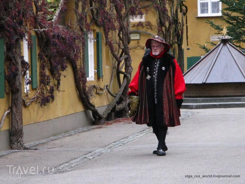 Квартал Фуггерай (Fuggerei) - социальное поселение в городе Аугсбург / Германия