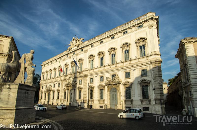 Palazzo della Consulta в Риме, Италия / Фото из Италии
