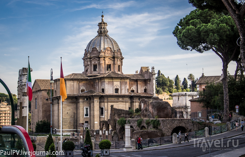 Церковь Santi Luca e Martina в Риме, Италия / Фото из Италии