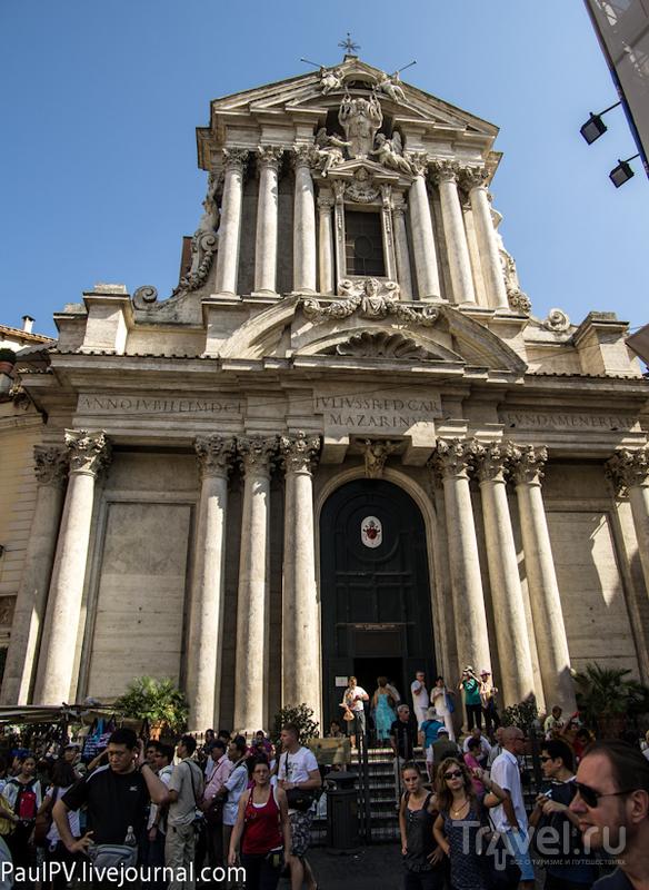 Церковь Santi Vincento e Anastasio в Риме, Италия / Фото из Италии