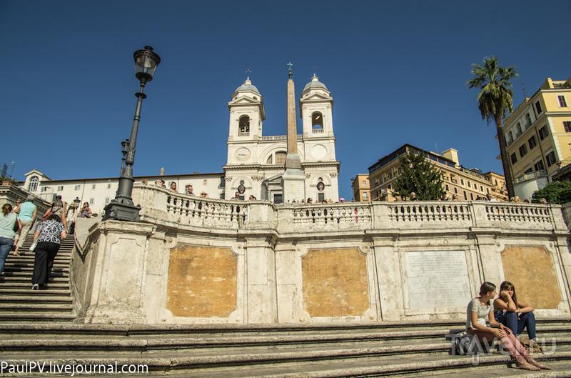 Церковь Тринита-деи-Монти (Trinita al Monte Pincio) в Риме, Италия / Фото из Италии