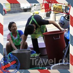 Тайский фаст-фуд или еда на вывоз / Таиланд