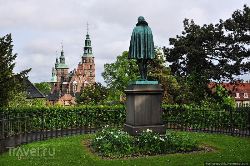 Памятник Тихо Браге из меди. На одной из дуэлей Тихо лишился кончика носа, и до конца своих дней носил медный наконечник / Фото из Дании