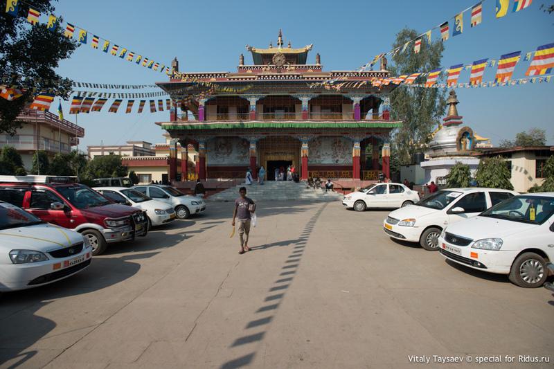Бодх-Гая - центр зарождения буддизма / Фото из Индии