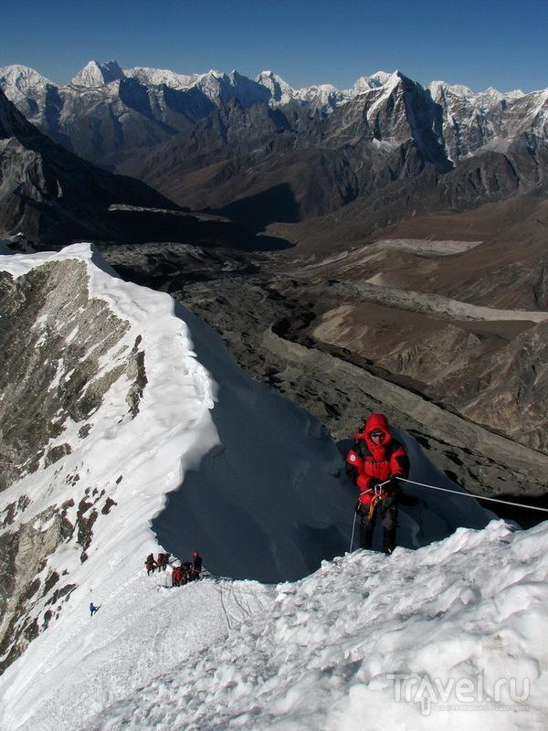 Предвершинный гребень Айленд-Пика / Фото из Непала