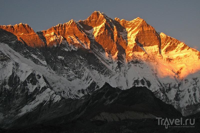 Южная стена Лхоцзе / Фото из Непала