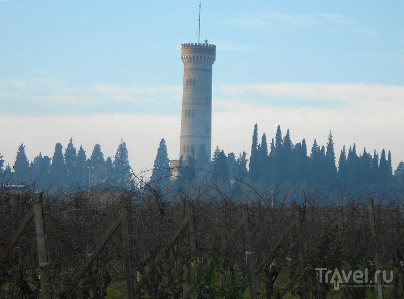 Башня Сан-Мартино-делла-Баталья в Сирмионе / Фото из Италии