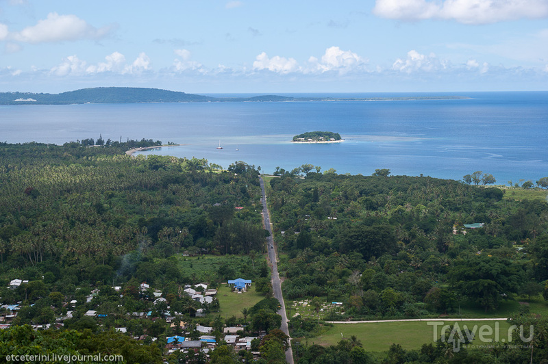 Бухта Меле и остров Хайдэвей, Вануату / Фото из Вануату