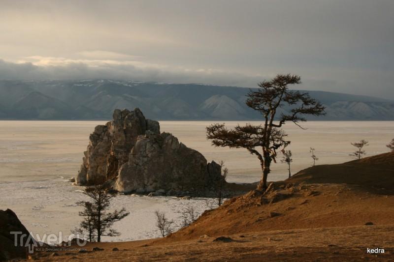 Мыс Бурхан, озеро Байкал / Фото из России