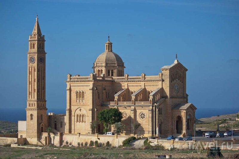 Святилище Та'Пину и базилика Богородицы на Гозо / Фото с Мальты