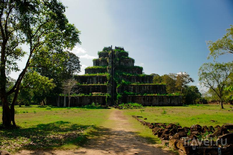 Пирамида Prasat Thom, Камбоджа / Фото из Камбоджи