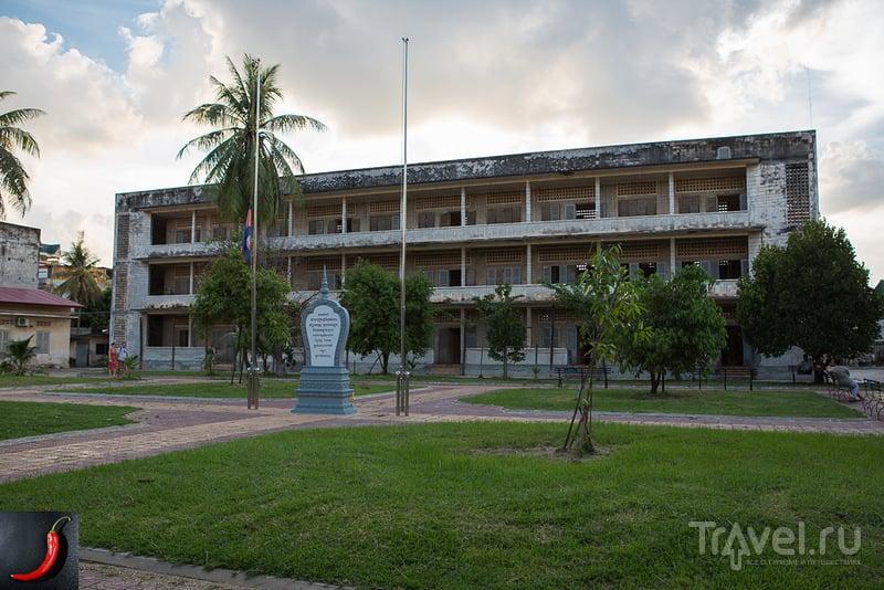 Тюрьма Тул Сленг (Отравленный Холм), Камбоджа / Фото из Камбоджи