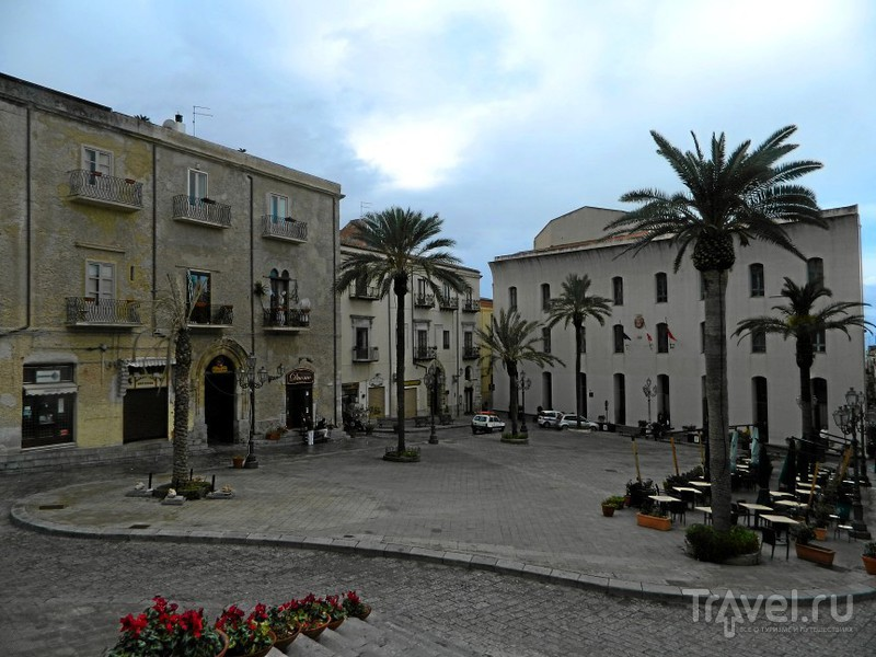 Piazza Duomo в Чефалу / Фото из Италии