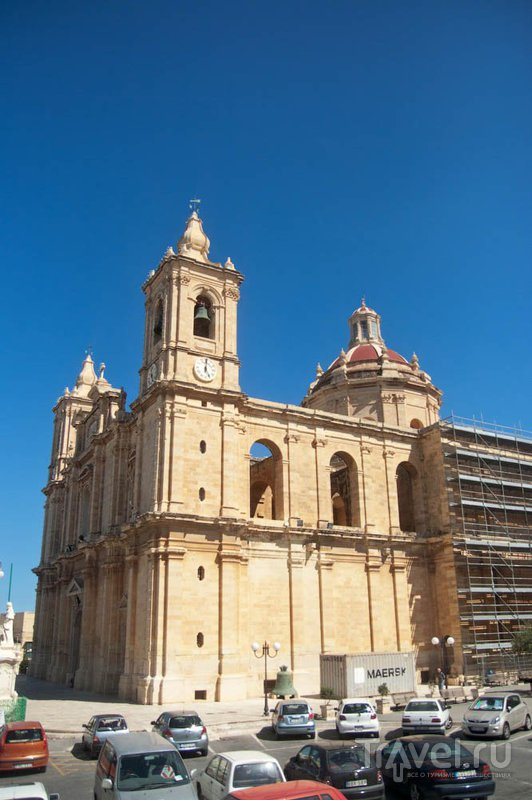 Город Зейтун и приходская церковь Св. Екатерины, Мальта / Фото с Мальты