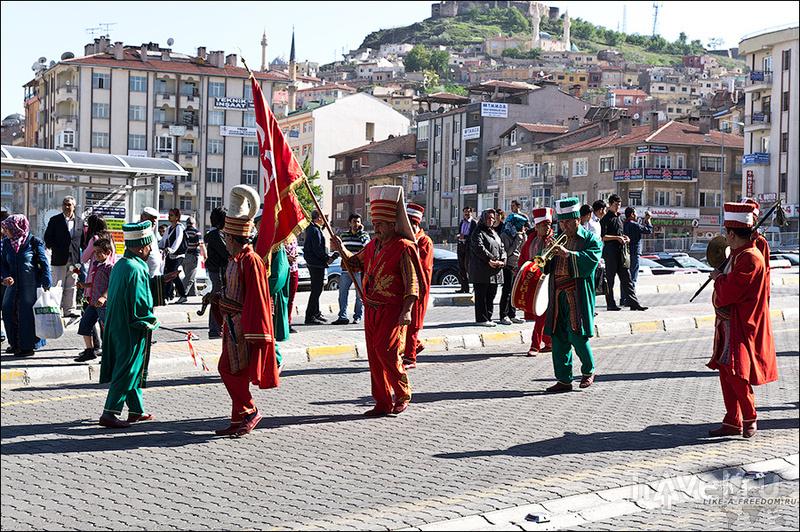 В городе Невшеир, Турция / Фото из Турции